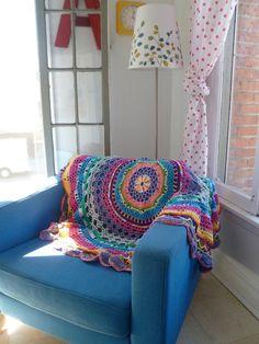 Crochet circle throw