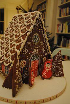 Mega Gingerbread house by Bath Baby Cakes, via Flickr