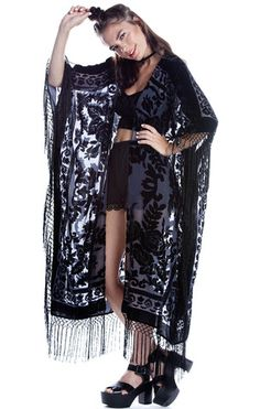 Floral Brocade Fringe Kimono - Charcoal/Blk - Saltwater Gypsy #saltwatergypsy