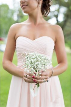 Rustic, chic farm wedding in New Hampshire. Captured By: Delsey DeWitt Photography #weddingchicks http://www.weddingchicks.com/2014/08/29/chic-rustic-farm-wedding/