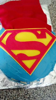 Superman cake for a lil boys birthday