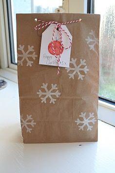 baker twine, brown paper bags, gift, white baker, snowflak