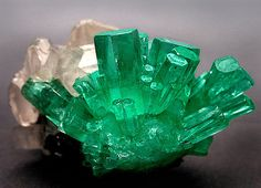 Emerald, Columbia