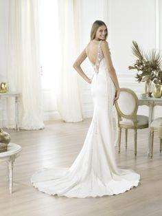 Love the back! Pronovias 2014