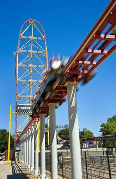 Top Thrill Dragster, Cedar Point, Sandusky, Ohio (© Cedar Point)