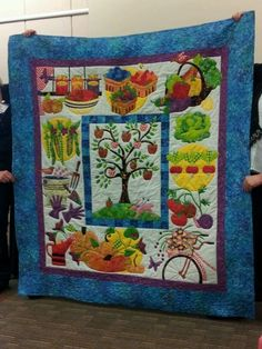 Oh my, this block of the month is so calling my name.  It is Pat Sloan's new Eat your Veggies BOM Moda Fabrics at quilt market!