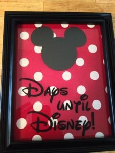 Simple DIY Disney countdown in frame using the Silhouette and some chalkboard vinyl. - Plus other countdown ideas!