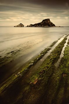Atzera Begria by Arnaitz ©, via Flickr