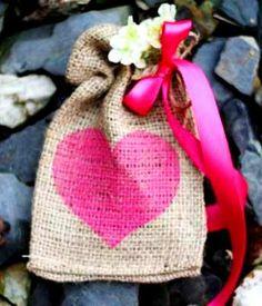 #DIY #crafts #Valentine's Day #giftwrapping ideas ToniK ⓦⓡⓐⓟ ⓘⓣ ⓤⓟ #burlap treat bags www.celebrations.com/c/read/burlap-valentines-day-treat-bags