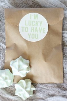 'I'm Lucky To Have You' free printable labels. Could be nice on favour bags