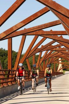Iowa's High Trestle Trail is especially great to bike in the fall. Details: http://www.midwestliving.com/travel/around-the-region/14-great-midwest-bike-trails/page/0/0