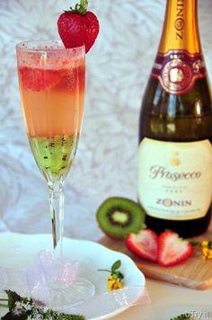 Kiwi-Strawberry Bellini.