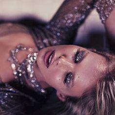Glitter make-up!