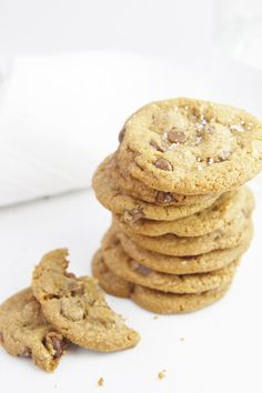 Brown Butter Chocolate Chip Cookies | www.bellalimento.com
