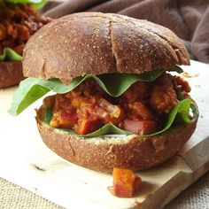 barbecue porter tempeh sandwich | connoiseurus veg