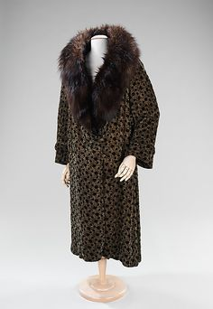 Silk and fur evening coat ca. 1930