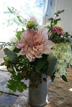 organic wedding bouquet, via Flickr.