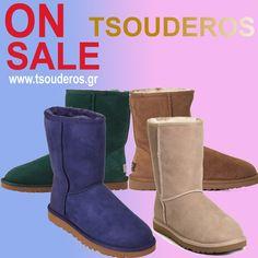 Τώρα €175!    shop online >> http://www.styledropper.com/tsouderos?pid=14211=el    Το μποτάκι Classic αντιπροσωπεύει ένα από τα πιο γνήσια κομμάτια της εταιρείας UGG Australia. Κατασκεύαζεται από γνήσιο δέρμα προβάτου με γούνα εσωτερικά, με την ετικέτα της UGG στο πίσω μέρος. Η ελαφριά του σόλα από πολυμερές υλικό, θα σας χαρίσει μία απίστευτη άνεση σε κάθε βήμα. Τα χρώματα στα οποία μπορείτε να τα βρείτε είναι μπλε ηλεκτρίκ, πράσινο, καφέ, μπεζ, μαύρο, ταμπά και γκρι.