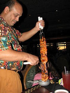 Ummm...just leave the whole skewer of shrimp please. Ohana's at the Polynesian Walt Disney World