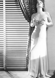 Joan Crawford photographed by George Hurrell, 1932