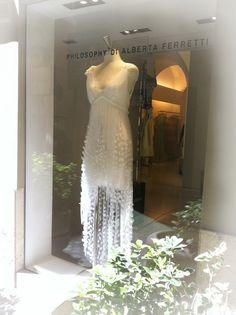 Alberta Ferretti Wedding Dress. #albertaferretti #weddingdress #wedding #white #dress #fashion #look #bridal