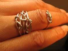 Infinity knot rings - four for $30. Think I'm onto the start of a bridesmaid gift here. maid ring, bride maids, futur, friends, gift ideas, infin knot, bridesmaid gifts, knot ring, sister bridesmaid gift