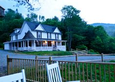 1861 Farmhouse Restaurant Winery, Restaurant, Winery, Boone, NC, North Carolina, Valle Crucis