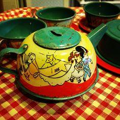 Vintage Tin Tea Set
