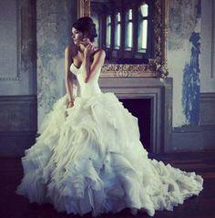 wedding dressses, dream dress, ball gowns, princess gowns, the dress, romantic weddings, big wedding dresses, future wedding, stunning dresses