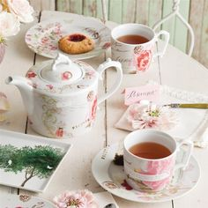 Primavera Modern Baroque Teapot mixes antique Italian love letters with 19th century botanical prints in rosy pinks and finishes it with a Victorian detailed handle and lid