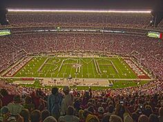 the atmosphere in bryant-denny is like no other!! gives me chills #rolltide
