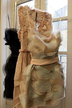 chiffon and ruffles. wedding styles, bridesmaid dresses, the dress, cocktail dresses, closet, chiffon dresses, black, unique weddings, ruffles