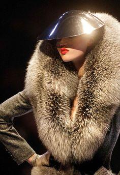 alexander mcqueen, woman fashion, alexandermcqueen, givenchy, red lips, fur, coat, alexand mcqueen, couture fashion