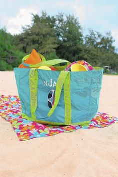 According to our friend Danielle Braff at the Chicago Tribune, our Family Beach Bag will keep everything organized via the 10 separate compartments, pouch for damp items, key ring and water bottle holder....