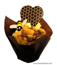 Honey cupcake with honey buttercream. YUM!