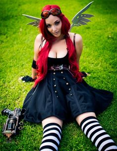 Steamgirl cosplay - Makeup was done by Admiral Tia Maria and Yaya Han was the one who created the wings!