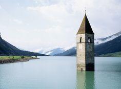 Lago artificial en Italia