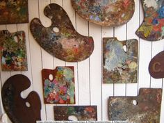 Collection of 18 early 20th century painters pallets.