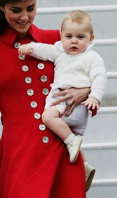 princ georg, duchess of cambridge, the little prince, the queen, kate middleton