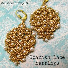 musicalbunny18:  So beautiful in gold and cream. Look for more experiments in different colors! (Pattern by Jaycee Patterns @ Etsy) #beads #beadwork #spanish #lace #earrings #pearl #seedbeads  Lovely earrings.