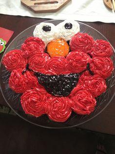 Elmo Birthday cupcakes fruit instead of frosting?