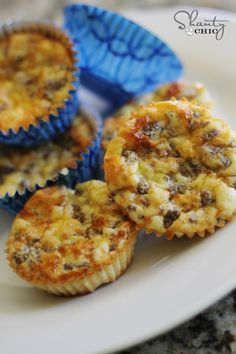 1 cup of bisquick 1 lb. of ground sausage (browned on the skillet) 1 cup shredded cheddar cheese 4 eggs Mix all ingredients together and fill each cupcake liner half-full with the mixture and bake on 350 degrees for 25 - 30 minutes.