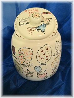 class auction project: cookie jar - each child paints his/her own cookie