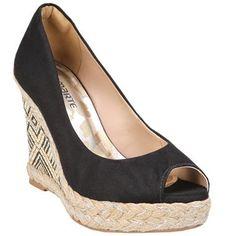 Amo los zapatos :) by crisre18 on Pinterest