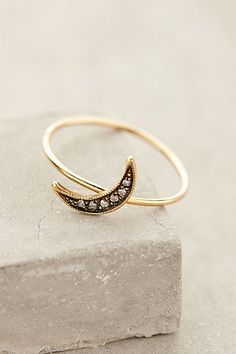 waxing moon pave ring / anthropologie