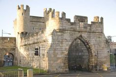 Walmgate Bar (in York) is the only gate which still  has it's barbican. Dating from the mid twelfth century the barbican was   added in the fourteenth.