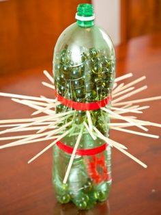 Brinquedo de garrafa pet