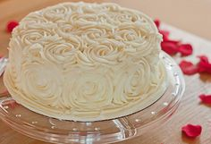 All-over roses cake