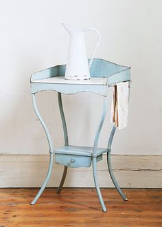 French Washstand