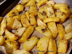 Cartofi crocanti prajiti la cuptor cu cimbrisor